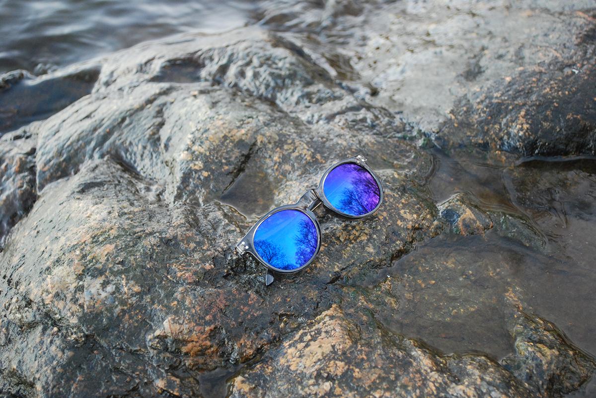 Sunglasses promo pic 2